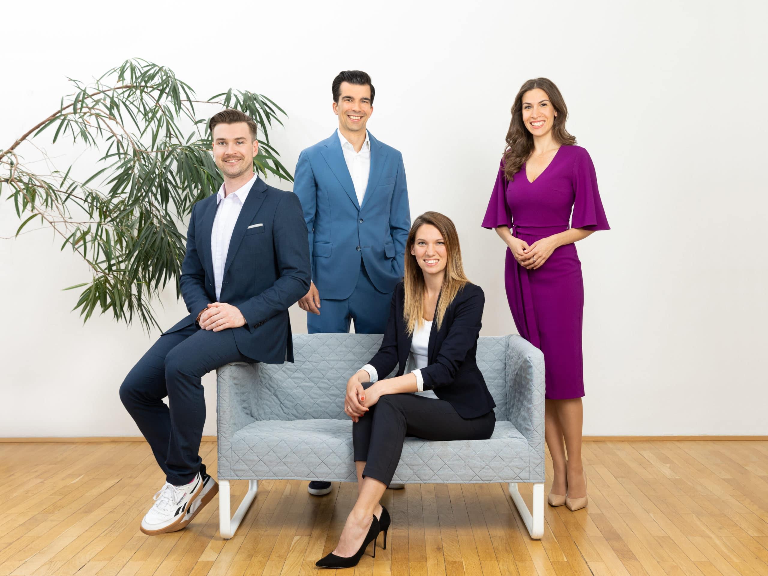 Die Neuzugänge Mirela Dayarova (Head of New Business), Katharina Hof (Head of Customer Care & Account Management) sowie David Hladik (Key Account Management)
